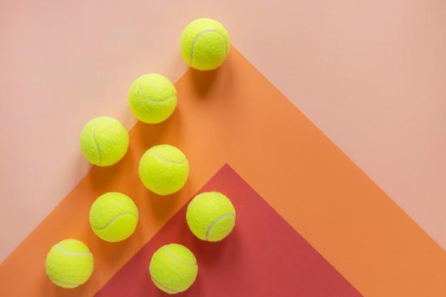 Vista superior das bolas de tênis