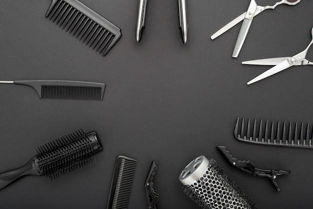 Vista superior das ferramentas de cabeleireiro