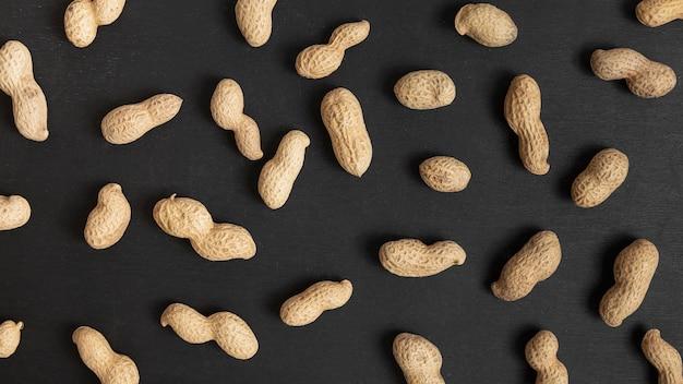 Vista superior de amendoim casca dura