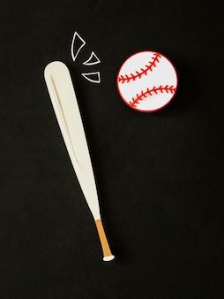 Vista superior de beisebol e taco