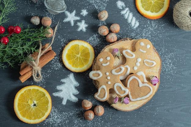 Vista superior de biscoitos caseiros frescos. Foto gratuita