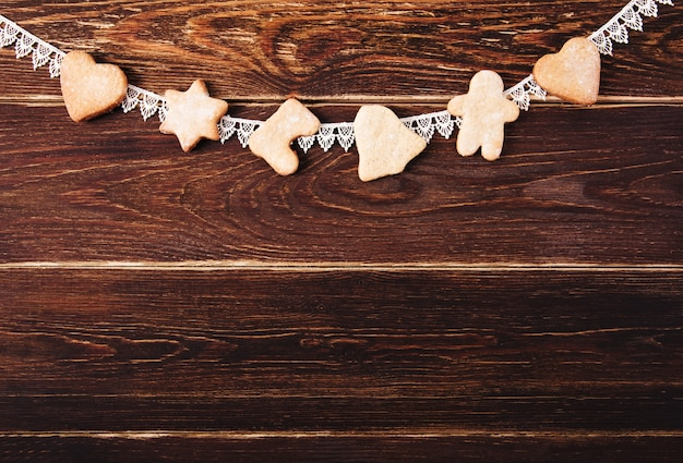 Vista superior de biscoitos de gengibre de natal