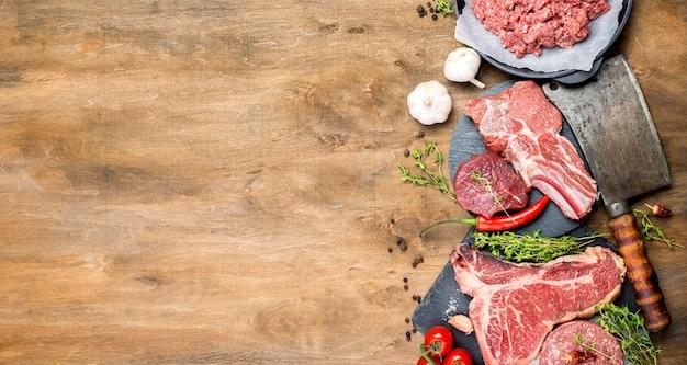 Vista superior de carne com espaço de cópia