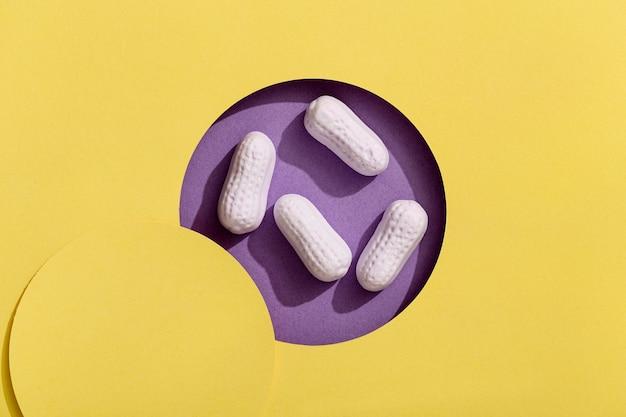 Vista superior de comprimidos de doces doces