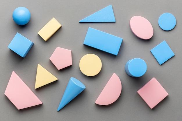 Vista superior de figuras geométricas minimalistas