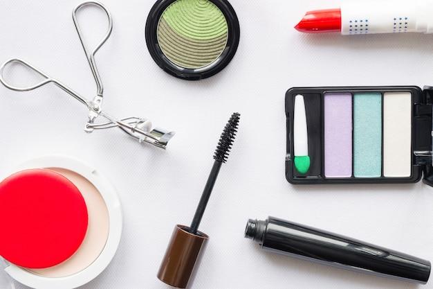 Vista superior de maquiagem cosmética