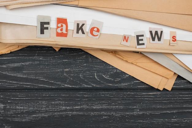 Vista superior de novos arquivos falsos com espaço de cópia