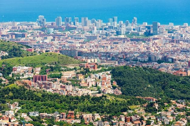 Vista superior de novos distritos na cidade europeia