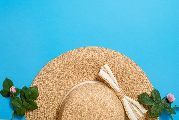 Vista superior, de, palha, praia, chapéu