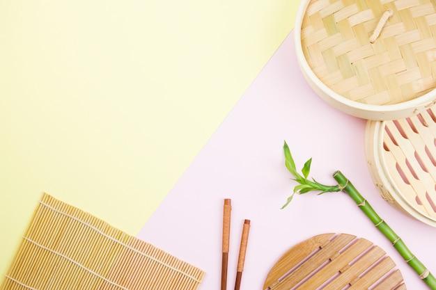 Vista superior de talheres asiáticos