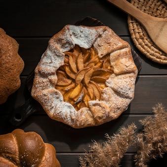 Vista superior de torta de maçã caseira