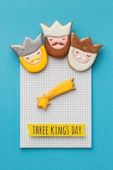 Vista superior de três reis com estrela cadente para o dia da epifania