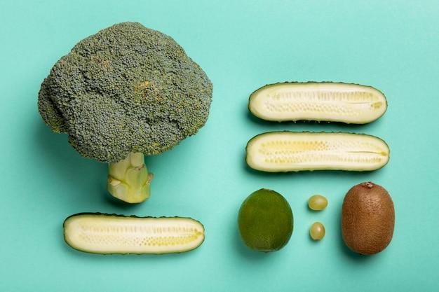 Vista superior de vegetais e frutas