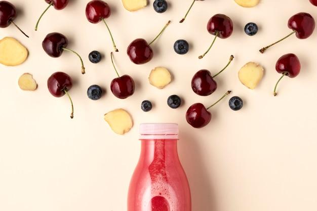 Vista superior deliciosa bebida de frutas