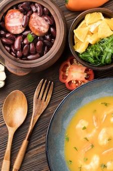 Vista superior deliciosa comida brasileira