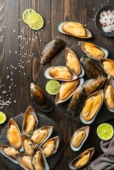 Vista superior deliciosa composição de frutos do mar