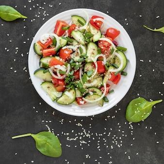 Vista superior deliciosa salada