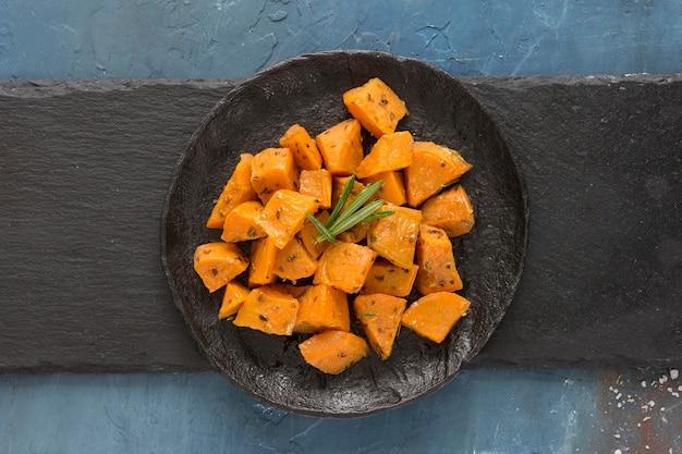 Vista superior delicioso prato de batata doce