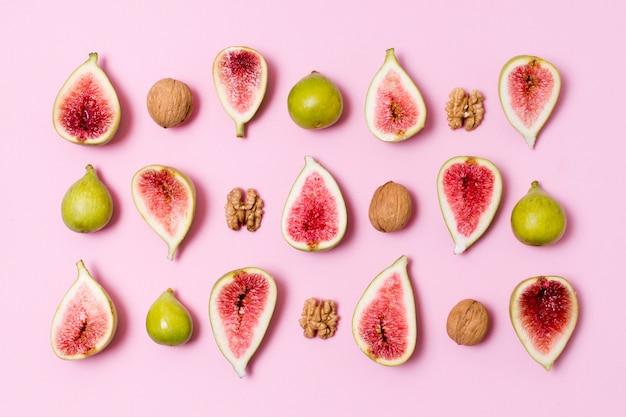 Vista superior deliciosos figos e nozes