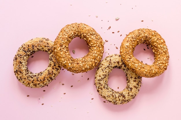 Vista superior deliciosos pretzels