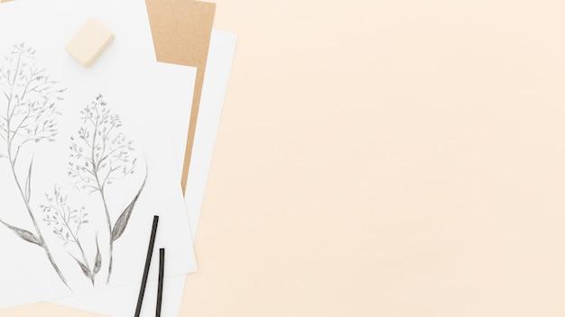 Vista superior, desenho a lápis, com espaço de cópia