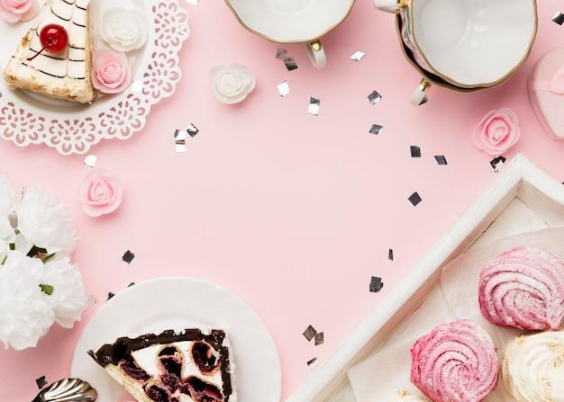 Vista superior do arranjo de bolo delicioso