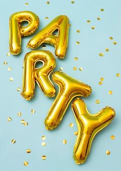 Vista superior do arranjo dos balões de festa