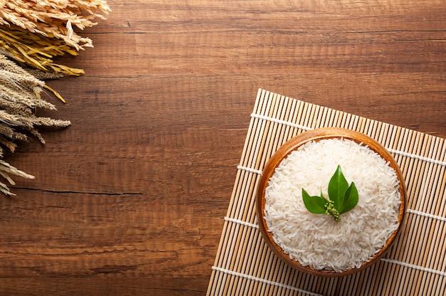 Vista superior do arroz de jasmim