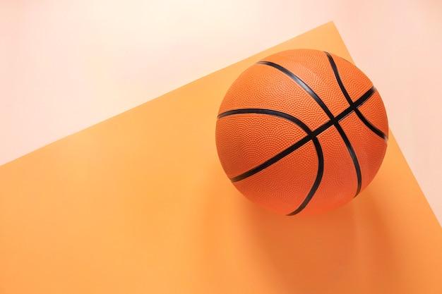 Vista superior do basquete com espaço de cópia