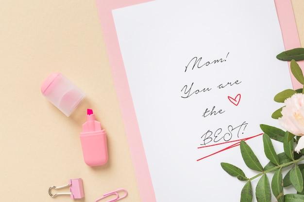 Vista superior do cartão adorável dia das mães