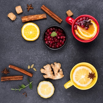 Vista superior do chá com sabor de limão