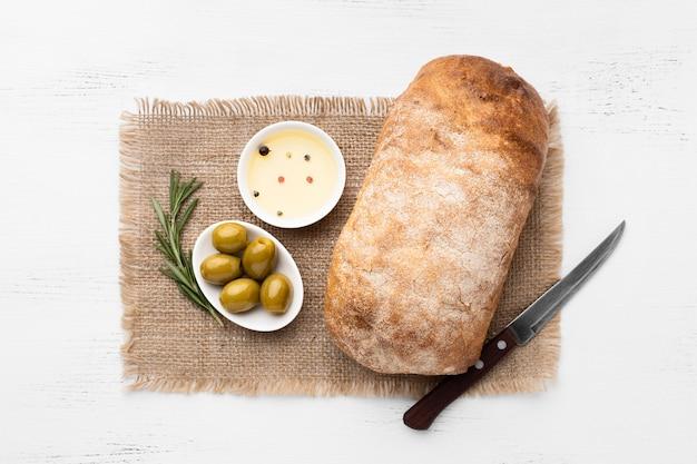 Vista superior do conceito de arranjo de pão