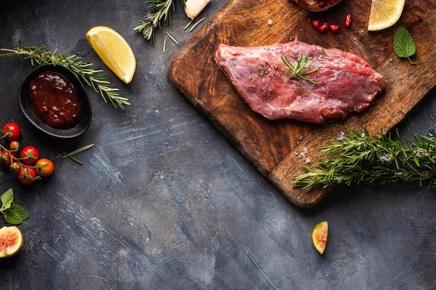 Vista superior do conceito de carne com espaço de cópia