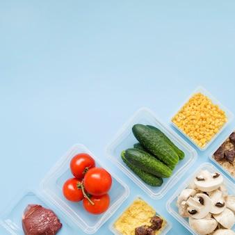 Vista superior do conceito de comida com espaço de cópia