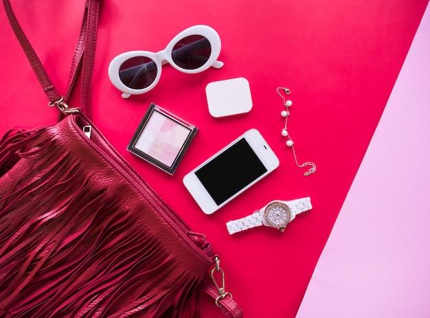Vista superior do conceito de moda e estilo minimalista.