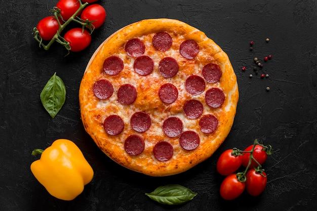 Vista superior do conceito de pizza deliciosa