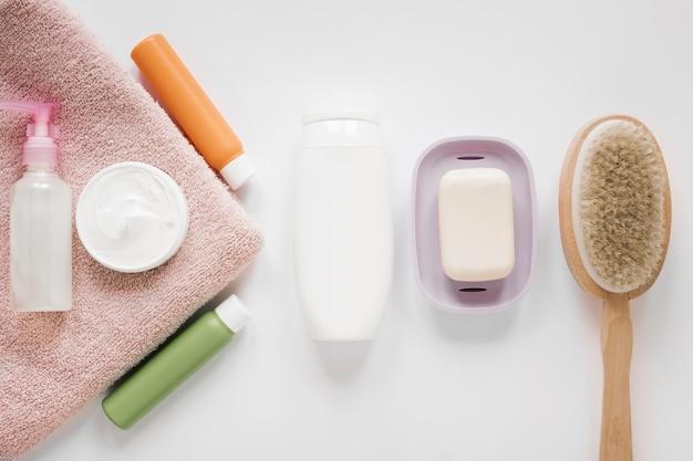 Vista superior do conceito de produtos de banho