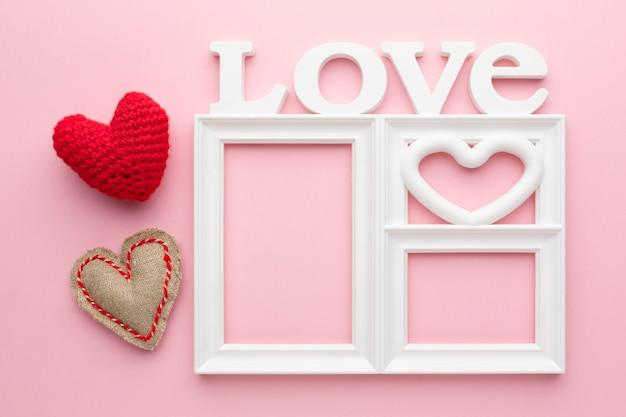 Vista superior do conceito de quadro de amor fofo
