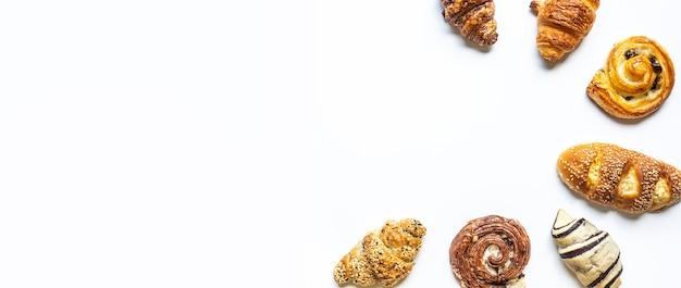 Vista superior do conjunto de pão e padaria isolado