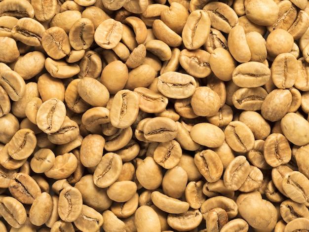 Vista superior do fundo de grãos de café branco