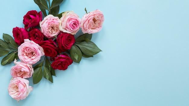 Vista superior do lindo arranjo de flores