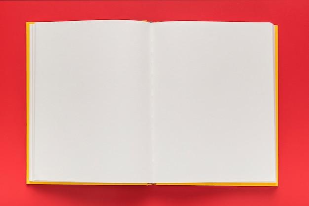 Vista superior do livro de menu em branco