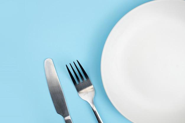 Vista superior do prato e colher