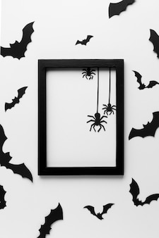 Vista superior do quadro de halloween com aranhas