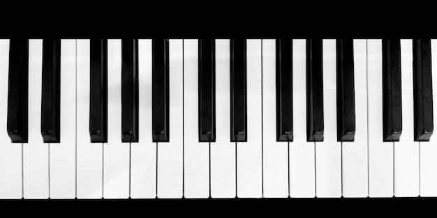 Vista superior do teclado de piano, close-up