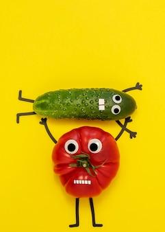 Vista superior do tomate e pepino