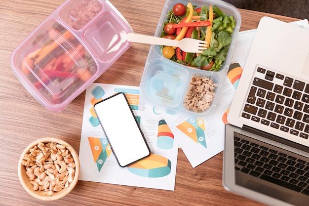 Vista superior do trabalho e estilo de vida saudável