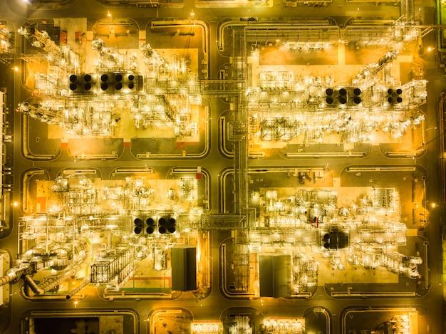 Vista superior do zangão da planta petroquímica