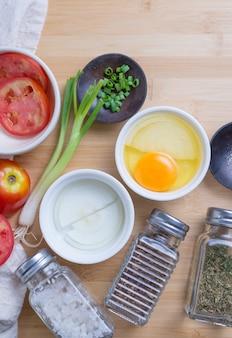 Vista superior dos ingredientes para o café da manhã