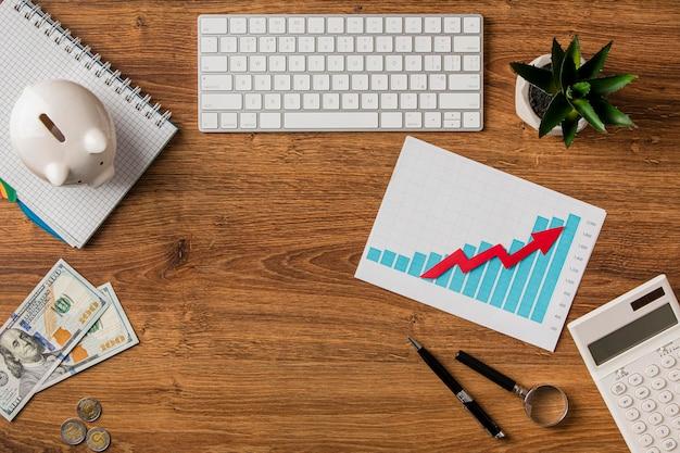 Vista superior dos itens de negócios e gráfico de crescimento